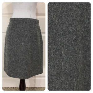 J, Crew skirt